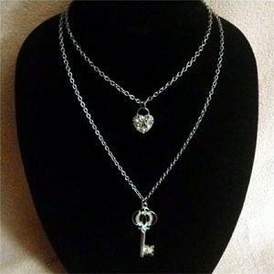 Jewelry - Sliver Lock & Key Necklace